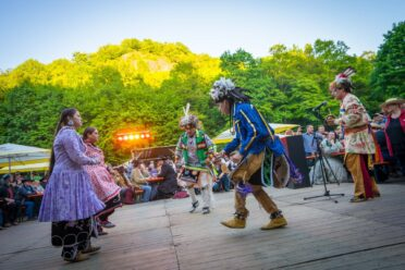 Indianische Tänze zum Fest